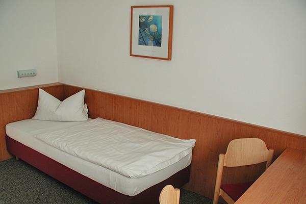 3.2.2. Zimmer Atrium PA290014_1