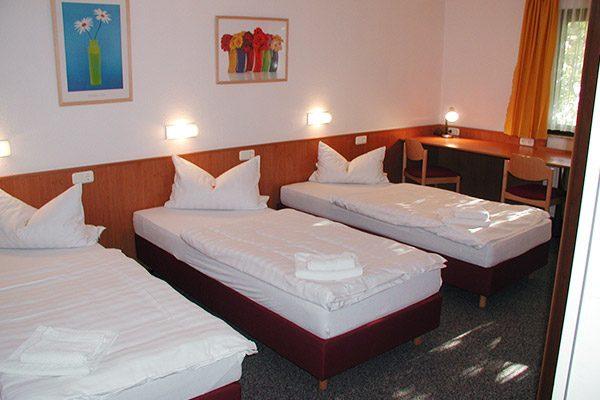 mehrbettzimmer3